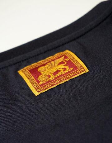 t-shirt-uomo-veneto-doc-blu-etichetta-leone-san-marco