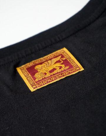 t-shirt-uomo-veneto-doc-nera-etichetta-leone-san-marco